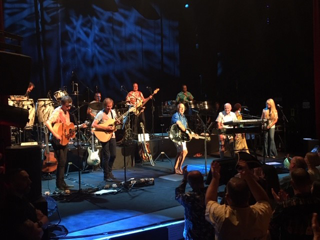 Jimmy Buffett and Coral Reefers Paris stage