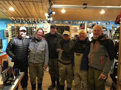 b2ap3_thumbnail_fishing-group-montana_20151214-202801_1.JPG